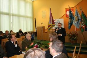 Przemawia Marszałek Województwa Opolskiego Józef Sebesta
